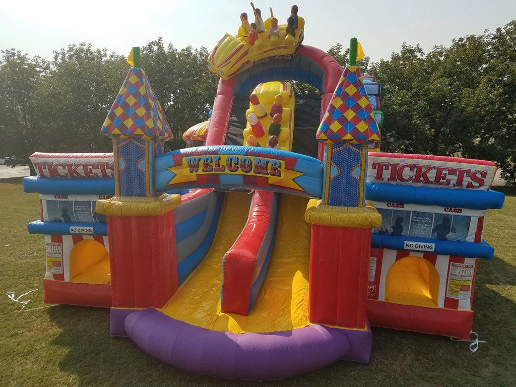 Amusement Park Obstacle Course
